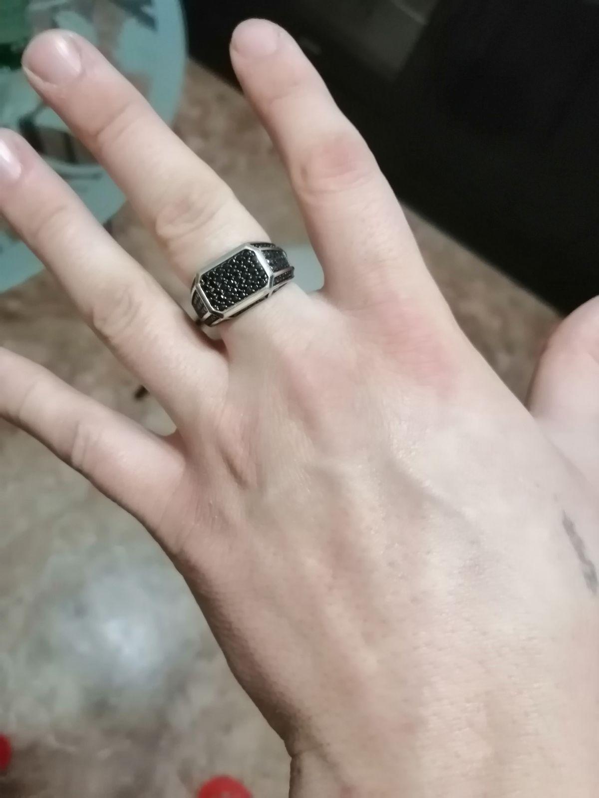 Чисто мужской перстень