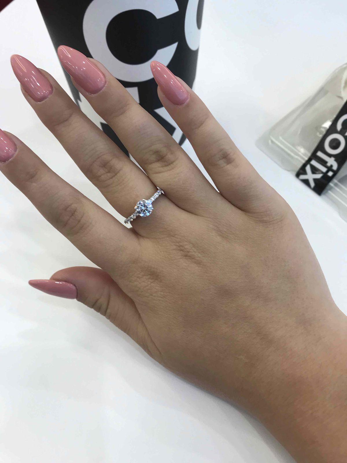 В это кольцо я влюбилась бесповоротро и беспамятно