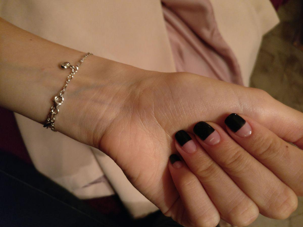 Нежный и стильный браслет