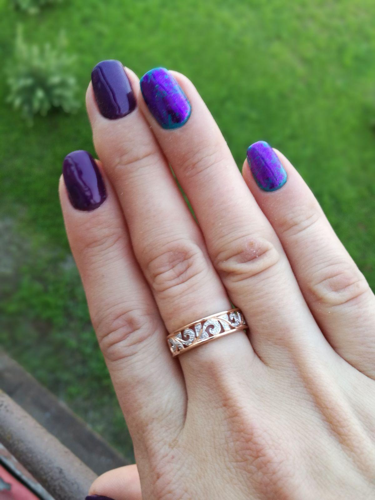 Кольцо с романтичными завитками