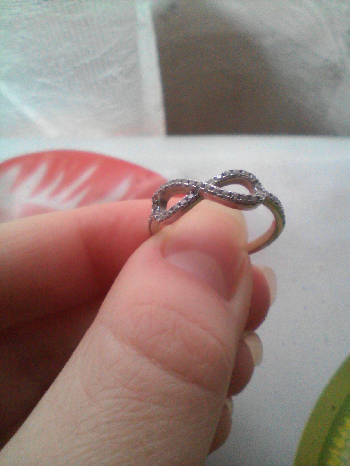 купить серебряное кольцо знаком бесконечности