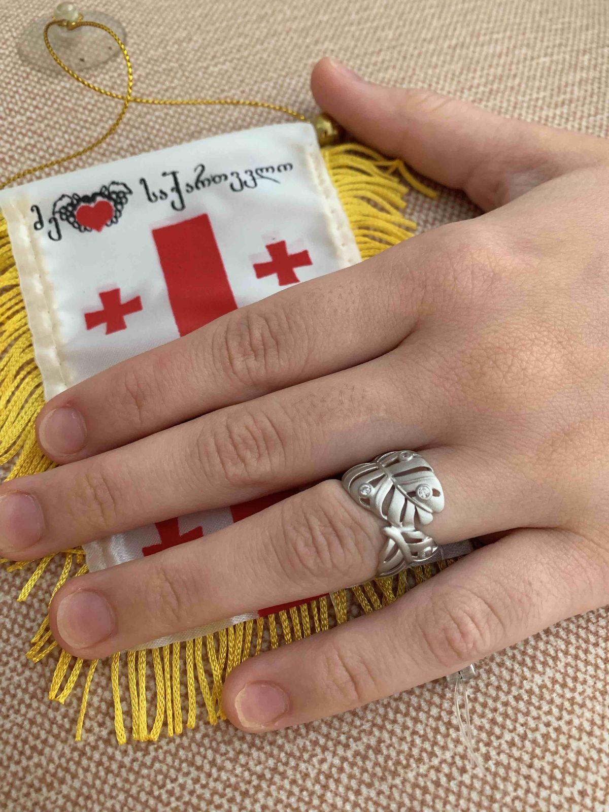 Матовое кольцо,фианиты