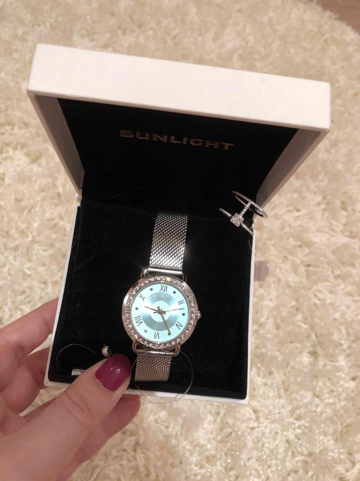 Подарок себе любимой !!! как всегда очень довольна , спасибо Санлайт за под