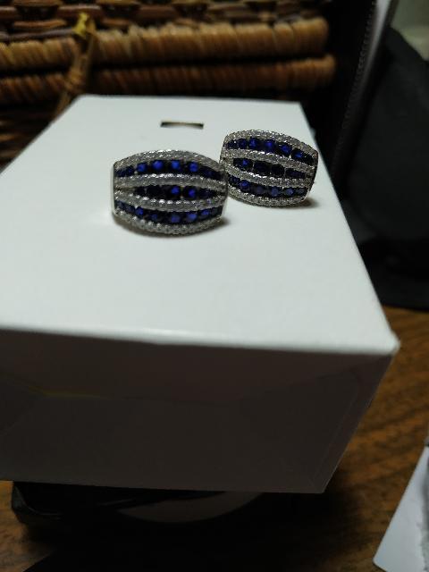 Сережки с синими вставками