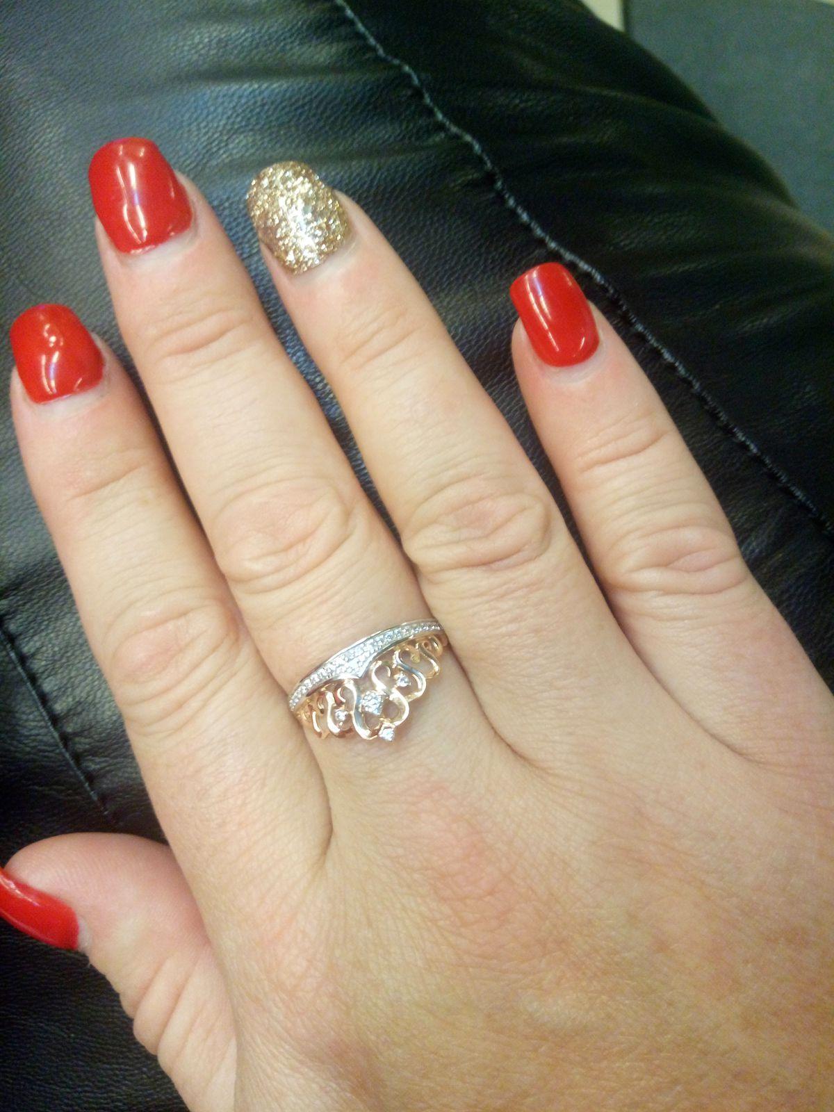 Колечко мечтана пальчике очень красиво и богато. Я очень рада этой покупк