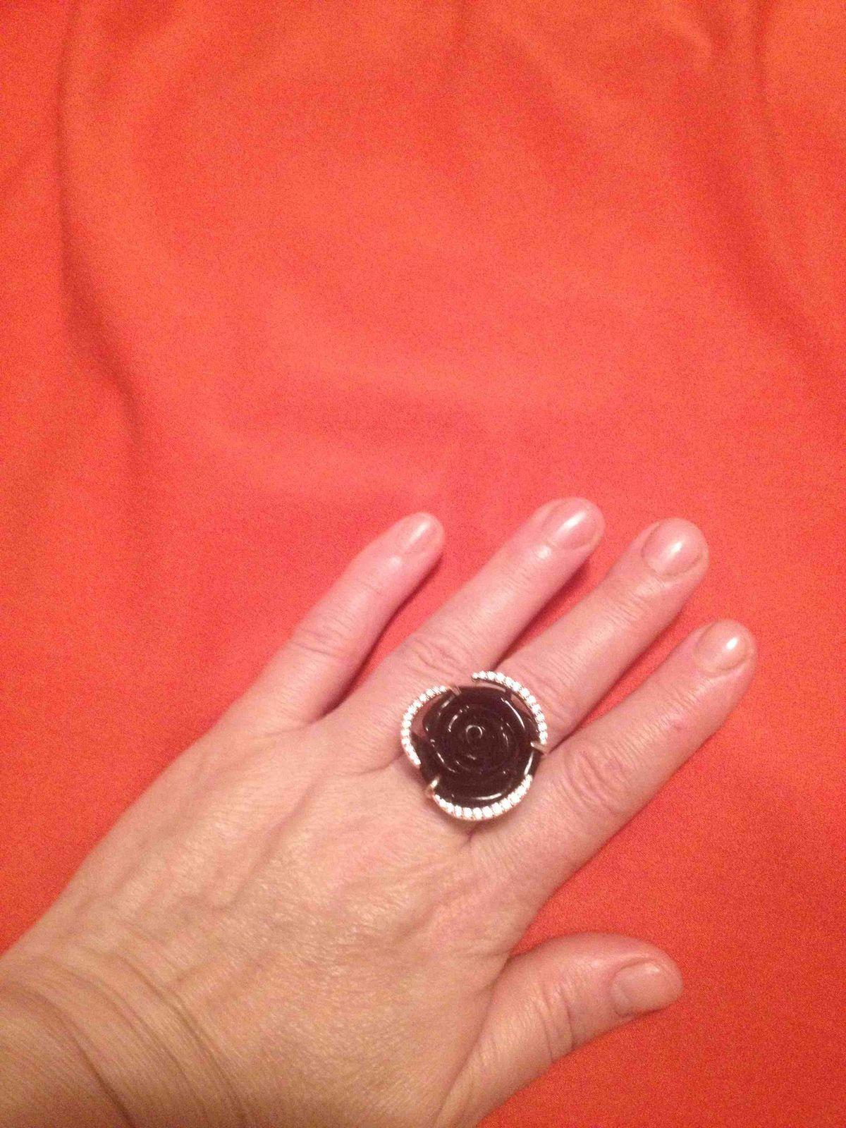 Кольцо просто супер, за свою цену выглядит дороже