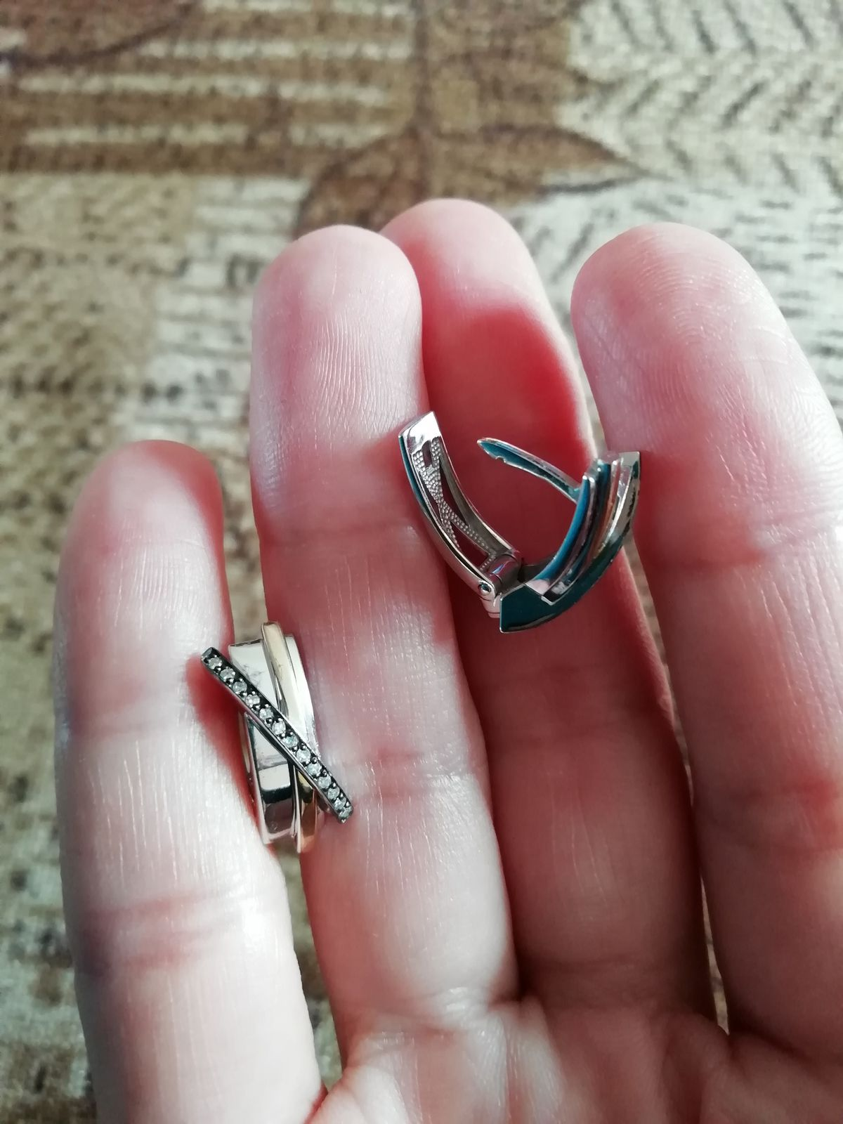 Серьги с дорожкой бриллиантов