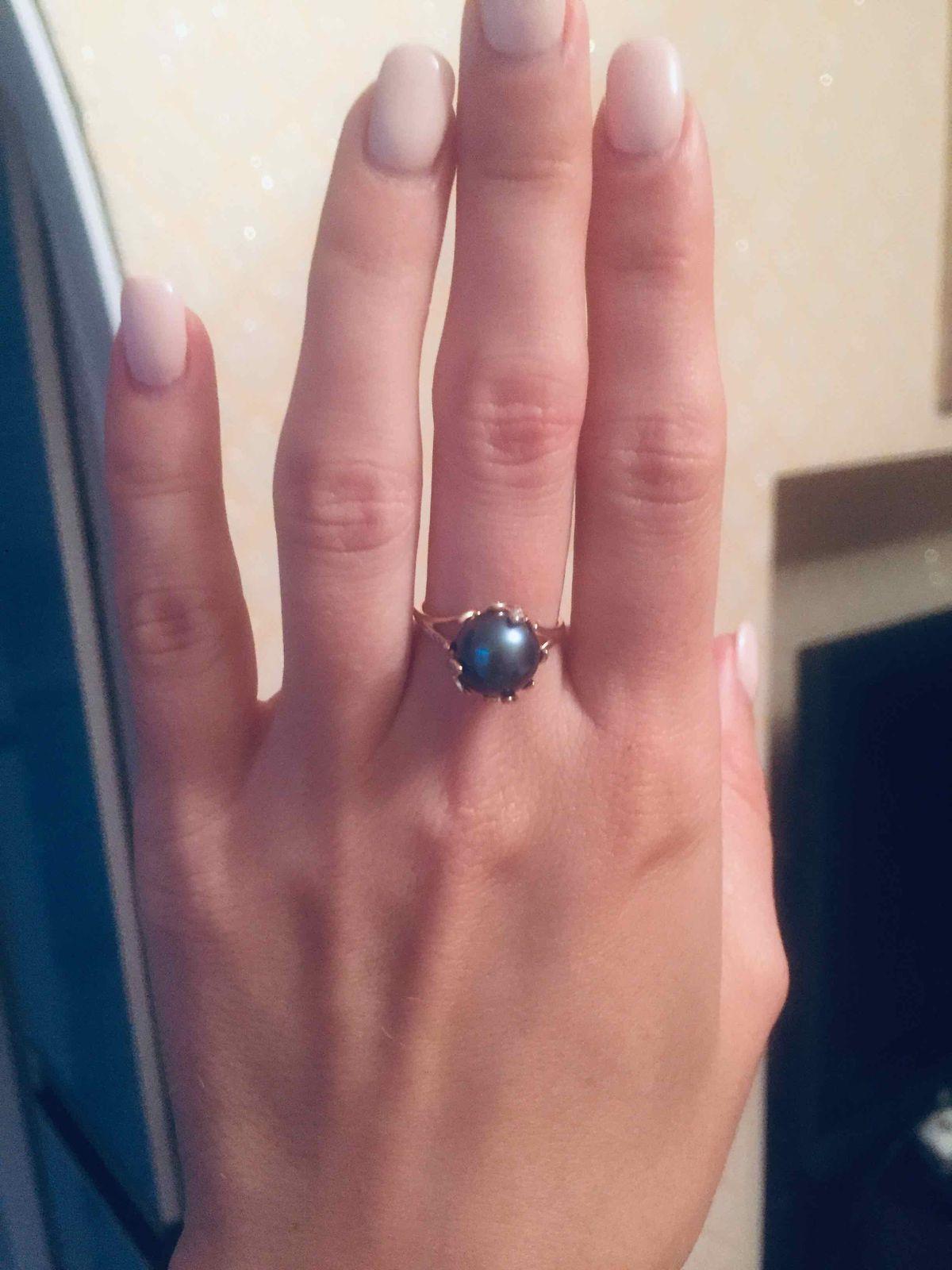 Кольцо с жемжугом