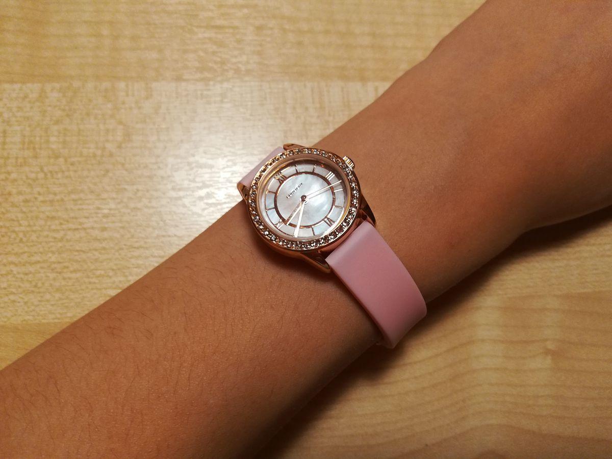 Часы подарок дочке