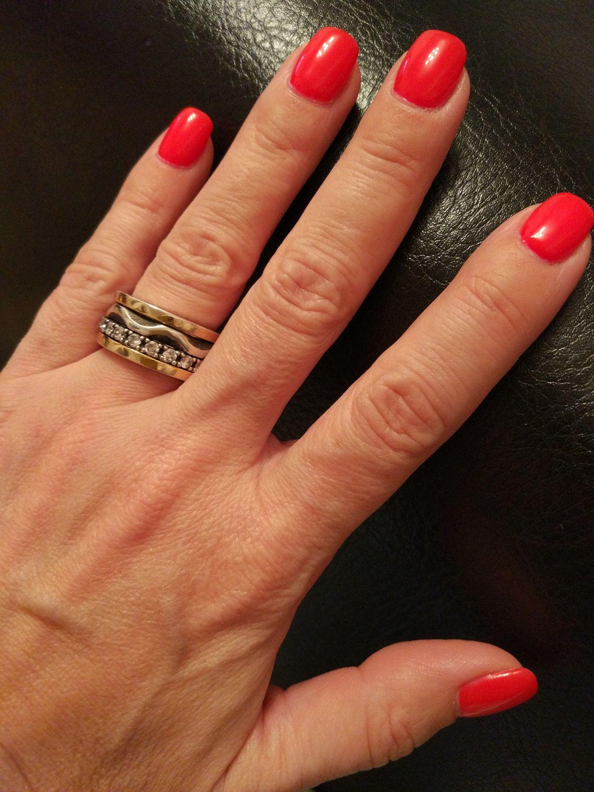 Шикарнейшее кольцо!!