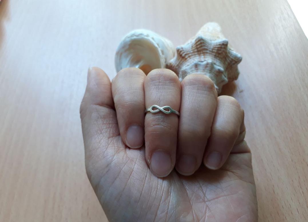 Милое серебряное кольцо