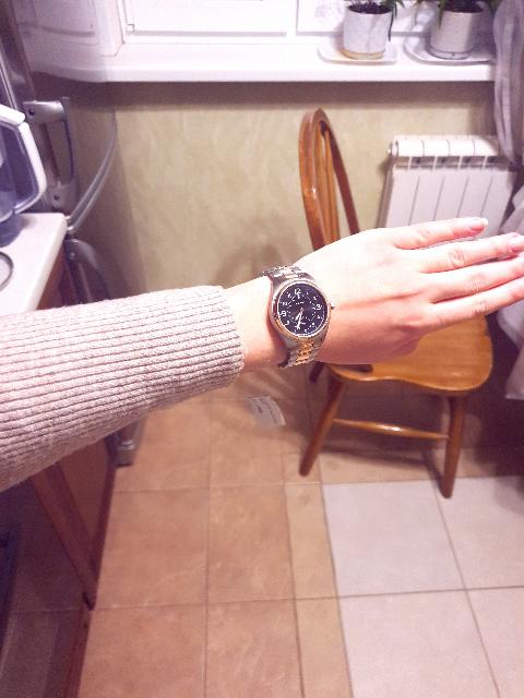 Шикарные часы, сочетаются как с золотыми украшениями, так и с серебром