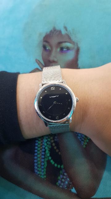 Часы так красиво смотрятся