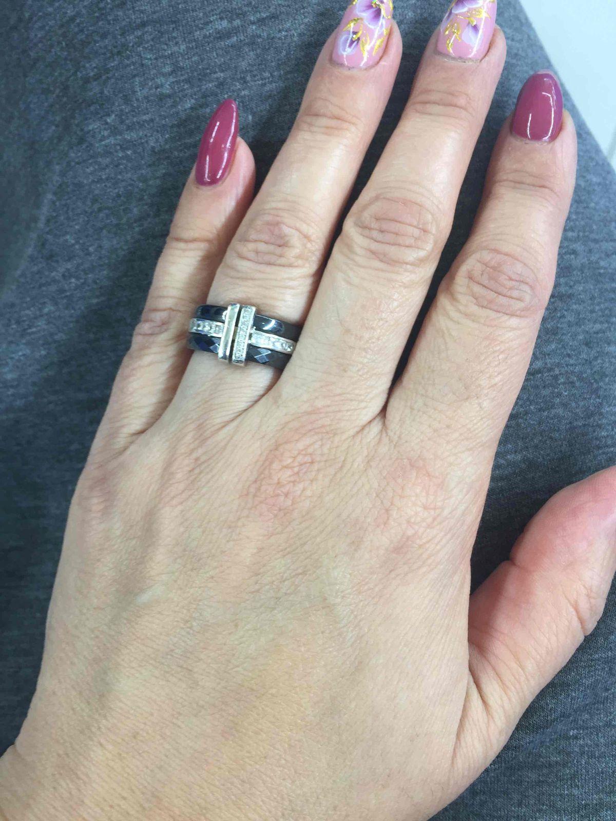 Кольцо серебрянное , черная керамика