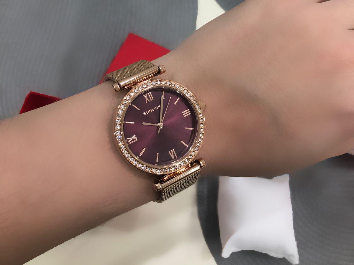 Очень красивые часы 😍