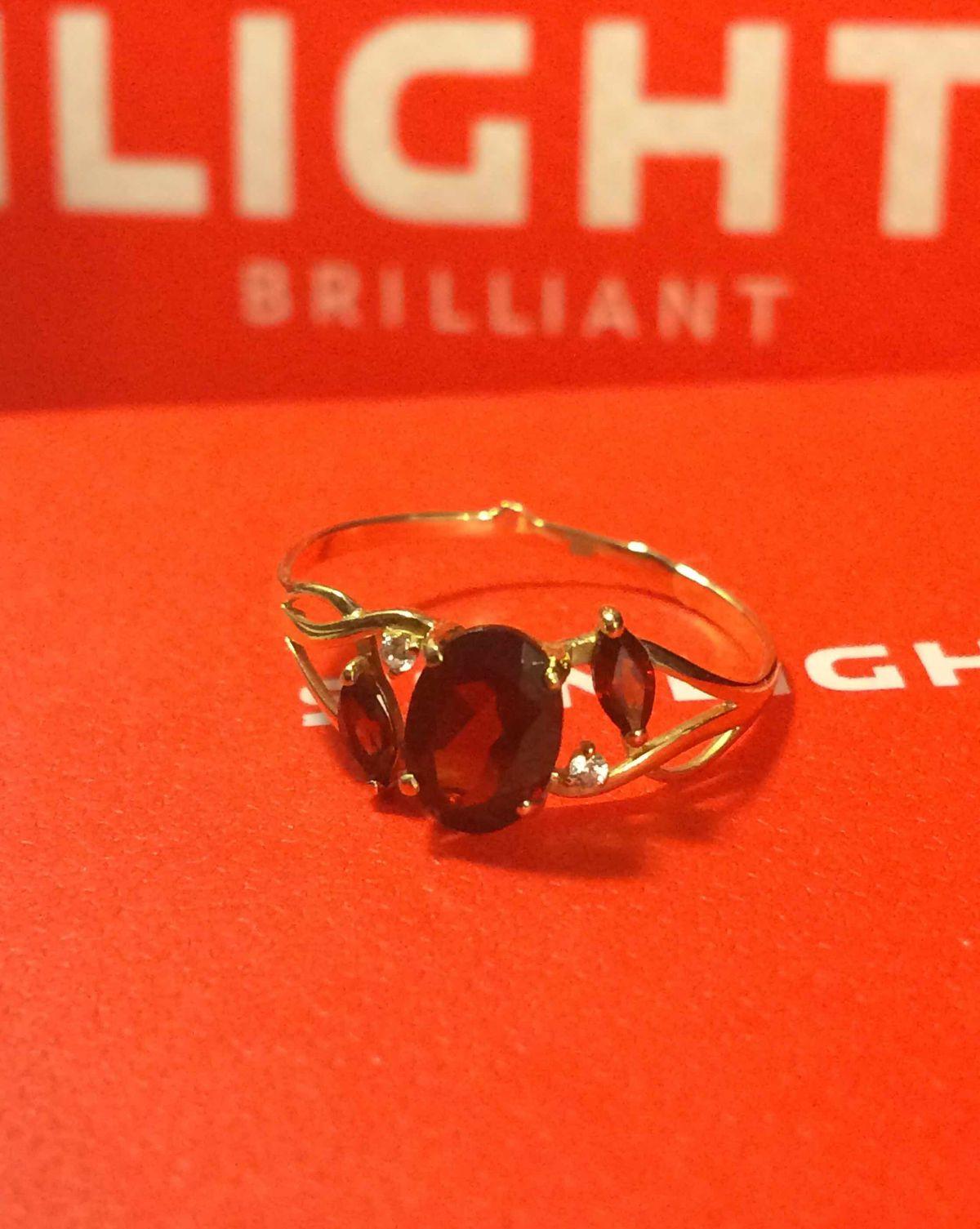 Шикарное кольцо ❤️❤️❤️