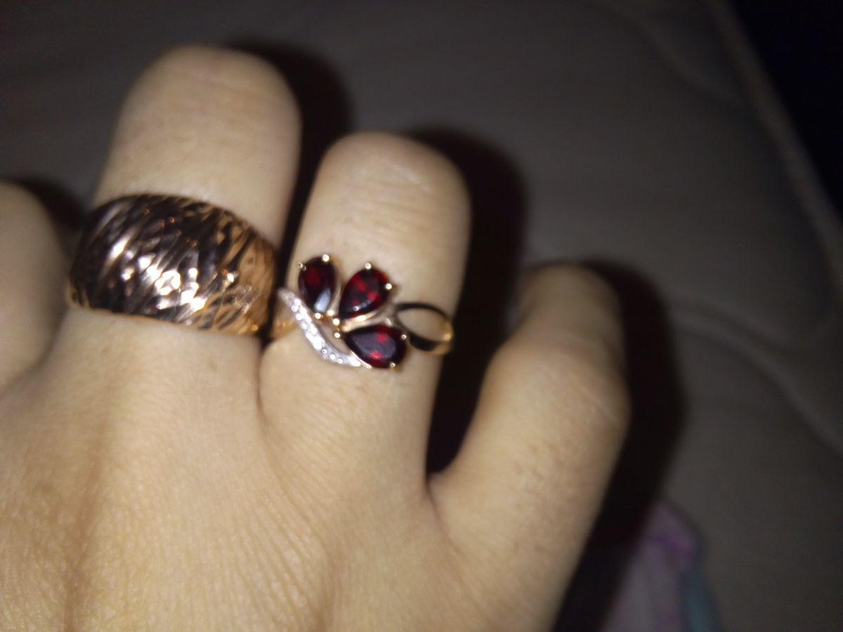 Симпатичное кольцо!!!!!!!!!!
