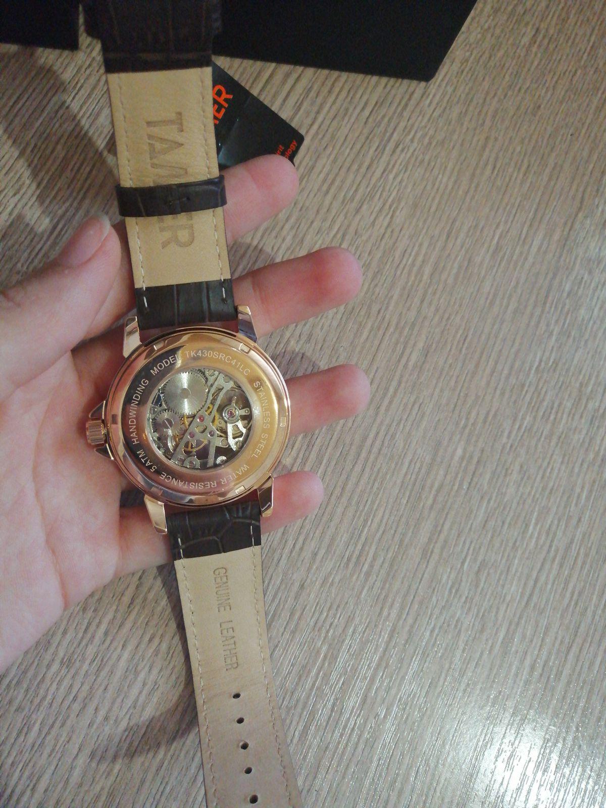 Хорошие мужские часы скелетон.