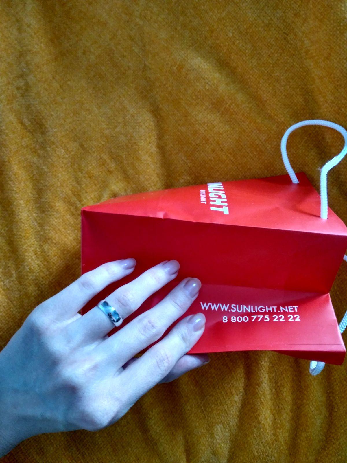 Нежное серебряное кольцо