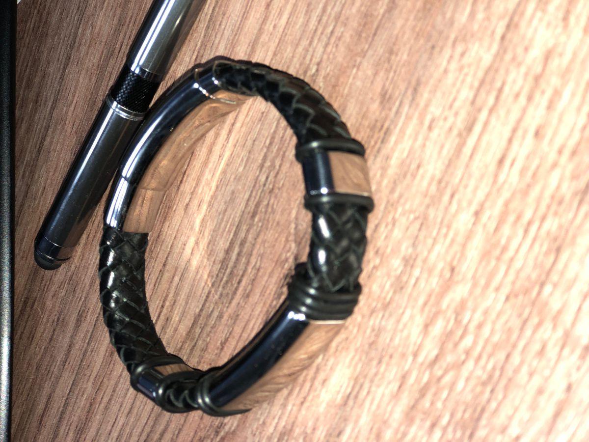 Подарок на 23 февраля - браслет кожа+сталь