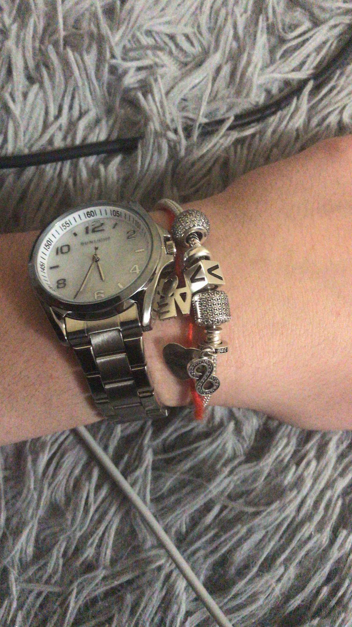 Очень стильные и хорошие часы