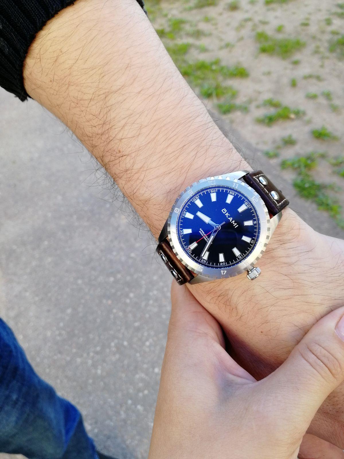 Очень солидные часы