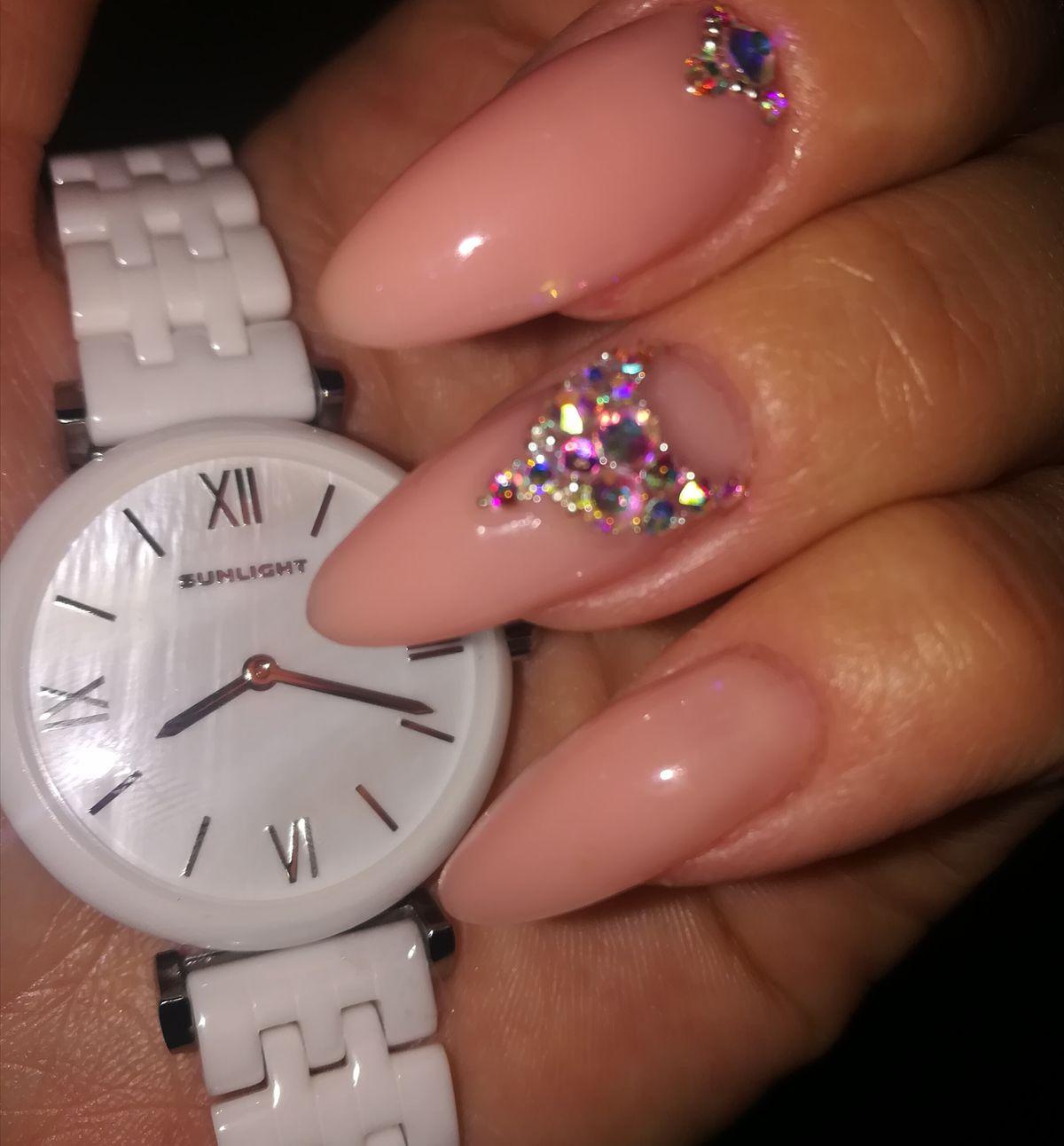 Керамические, белые женские часы