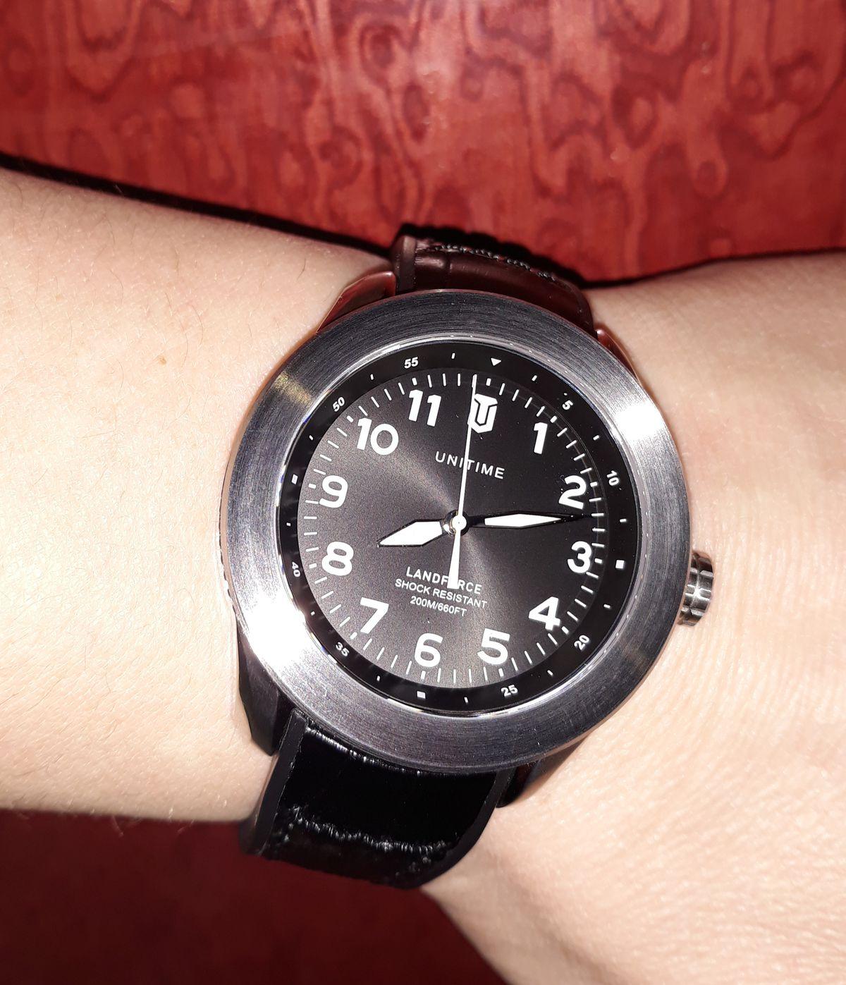Часы санлайт)
