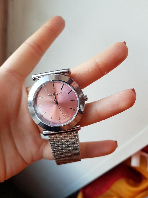 Милые женственные часы