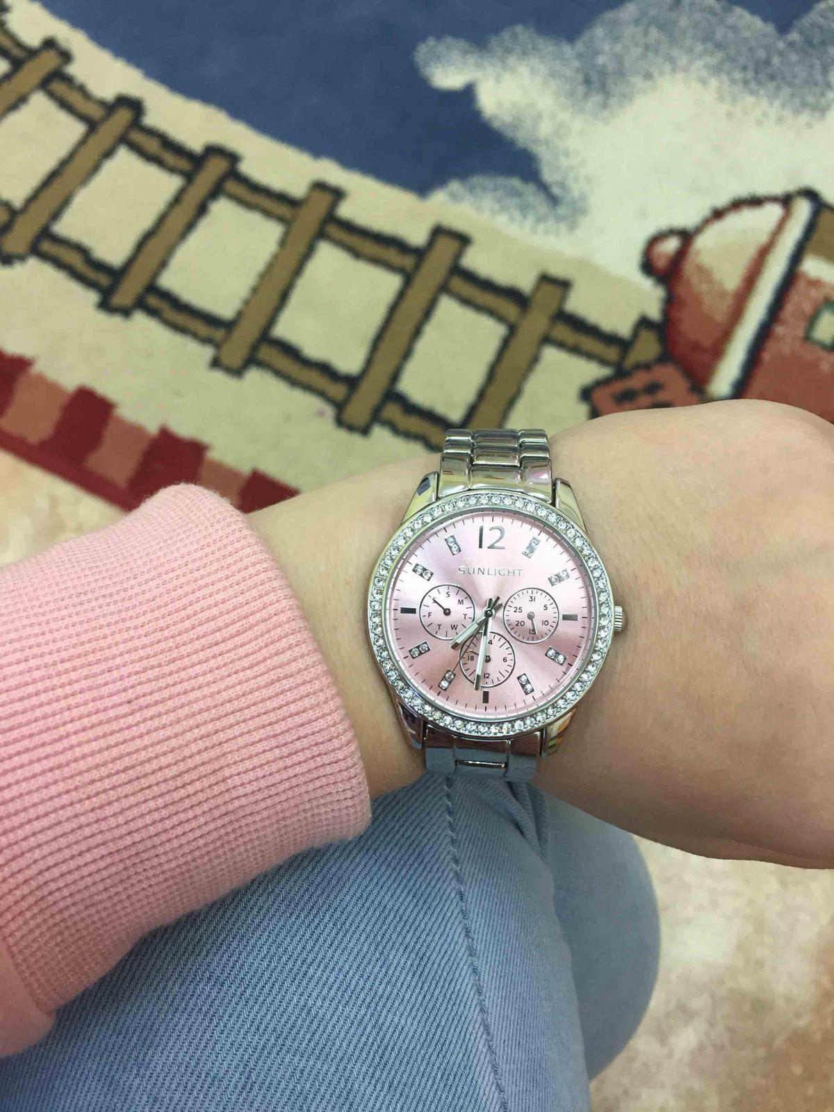 Часы шикарные💕 я в них сразу влюбиласть.  Спасибо sunlight