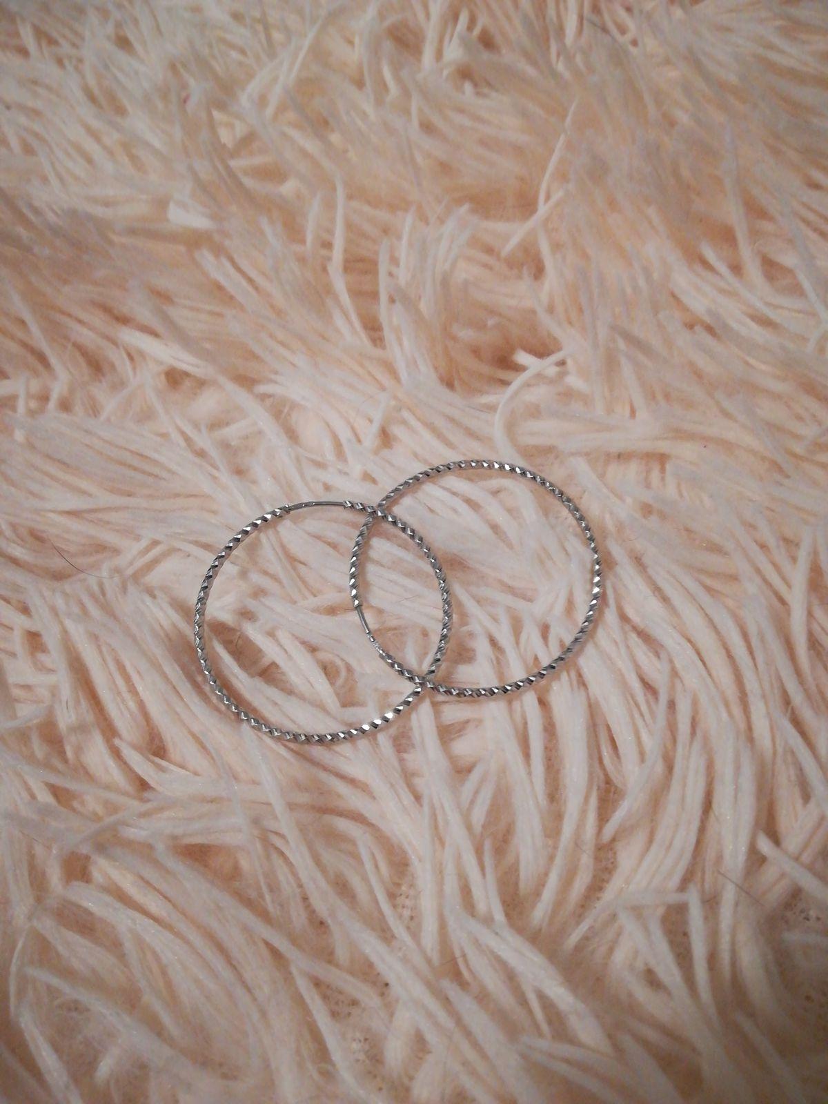Женственные, невесомые серьги