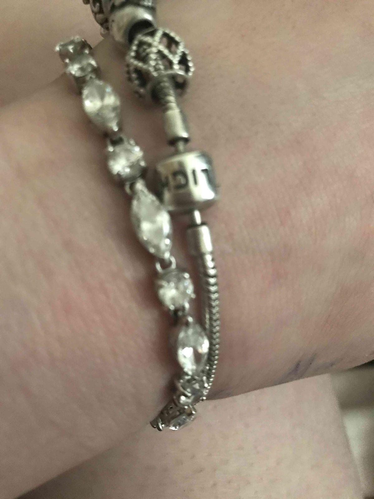 Мой первый браслет:)