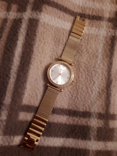 Удобные и красивые часы