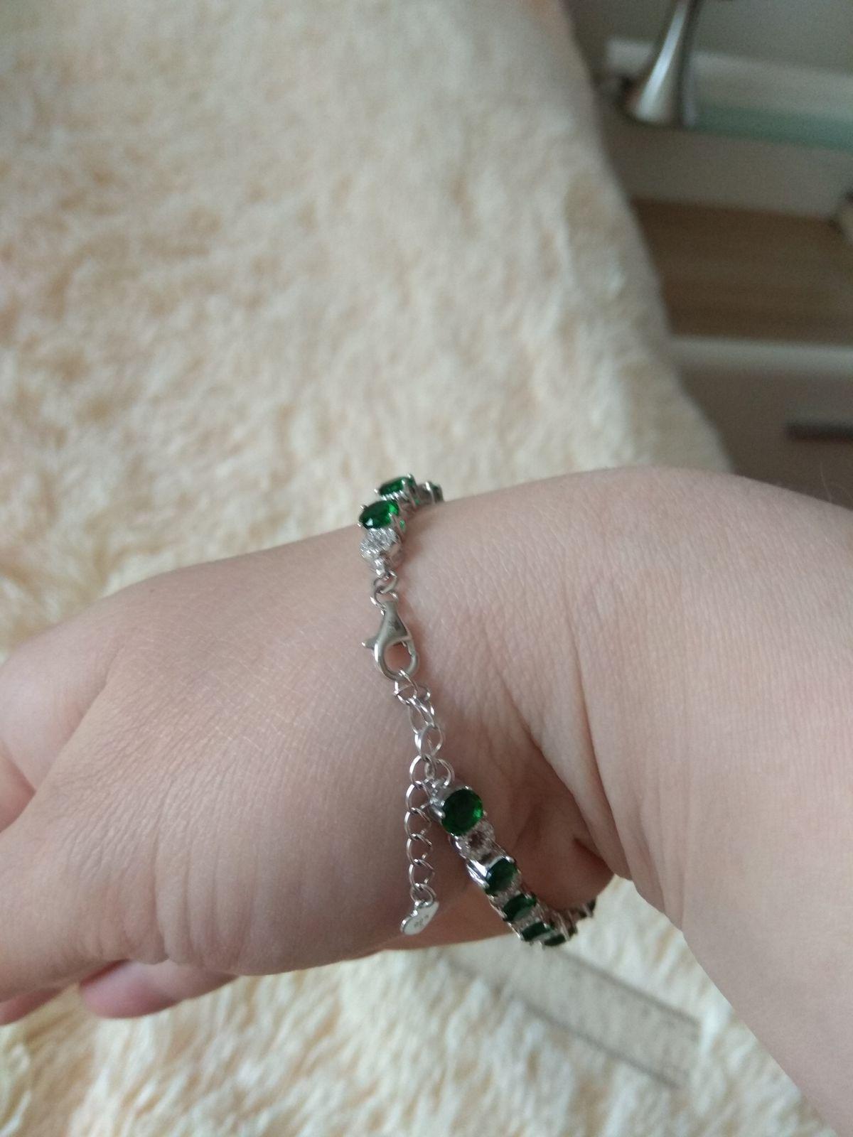 Серебряный браслет с фианитами белыми и зелеными