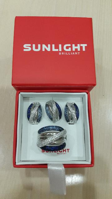 Объёмное кольцо серебро 925 проба с фианитами