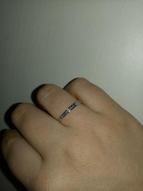 Шикарное кольцо из белого золота!