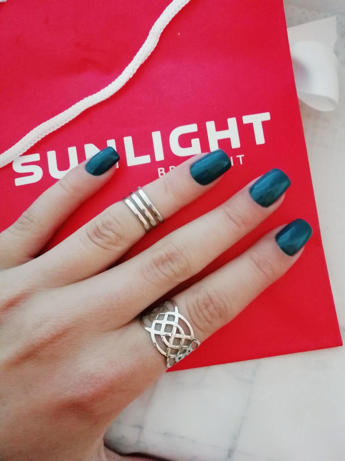 Идеальное кольцо, и в пид, и в мир