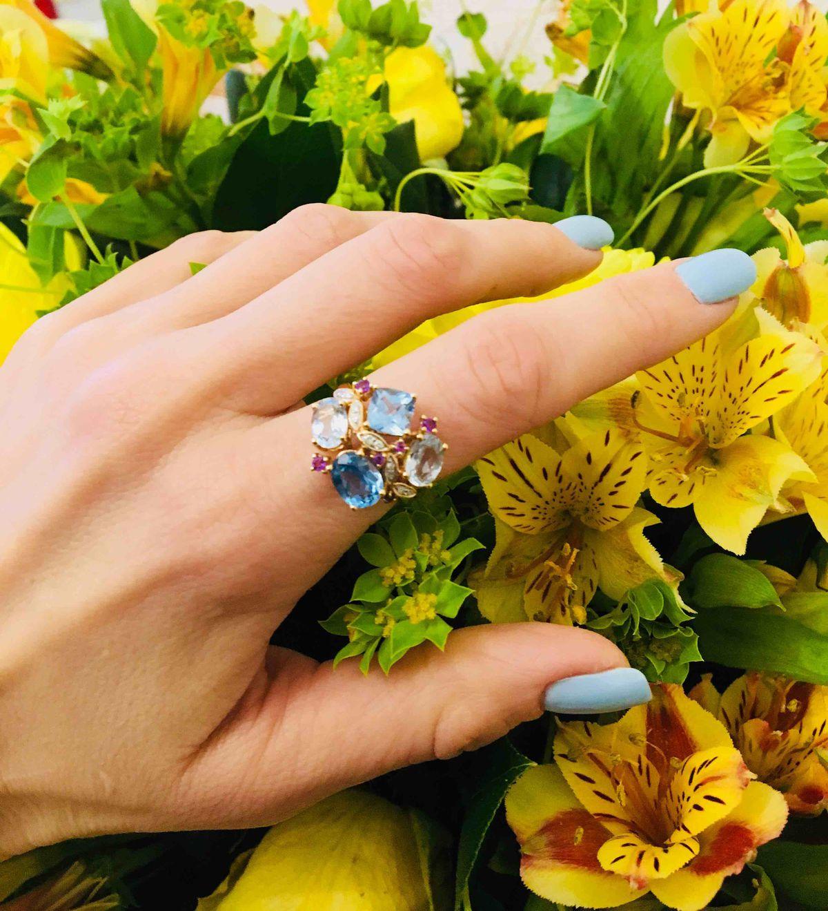 Кольцо с аметистами, топазами, бриллиантами