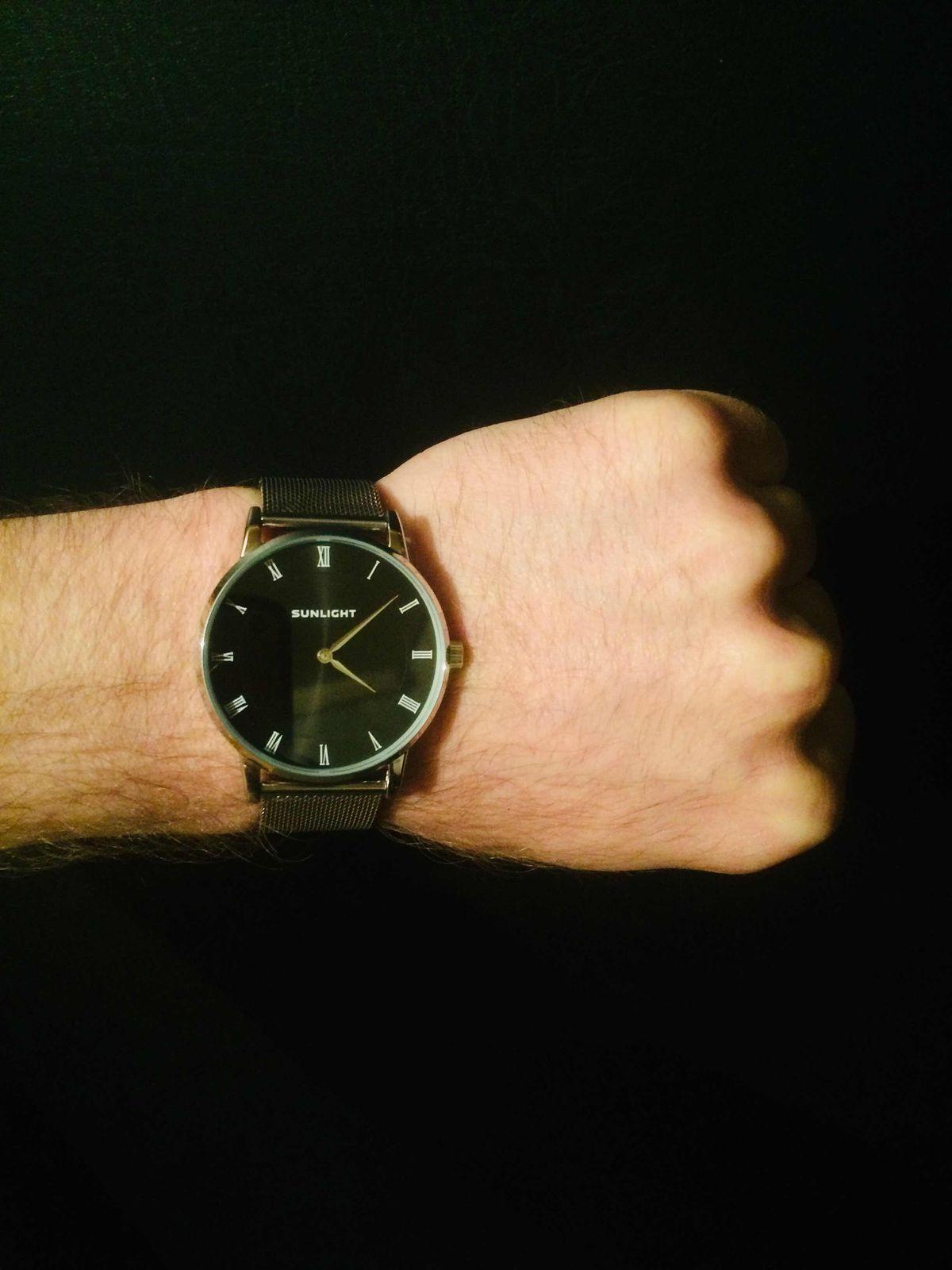 Тонкие универсальные часы унисекс